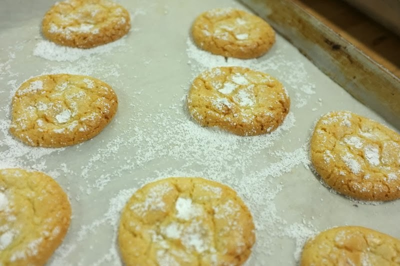 Here's my review and recipe for Vanilla Almond Orange Cloud Cookies ...
