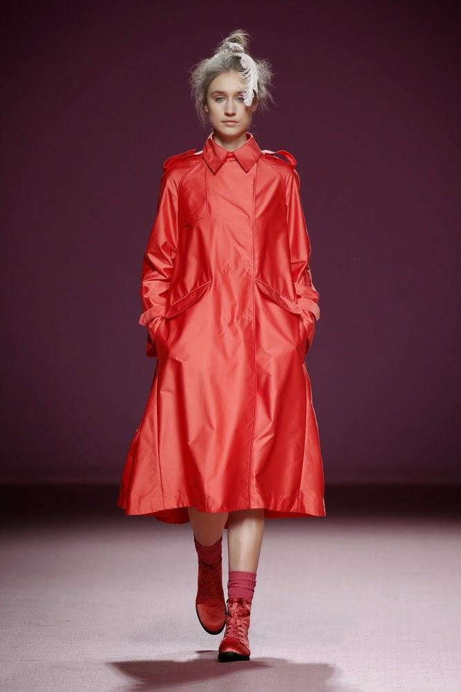 abrigo rojo juan vidal