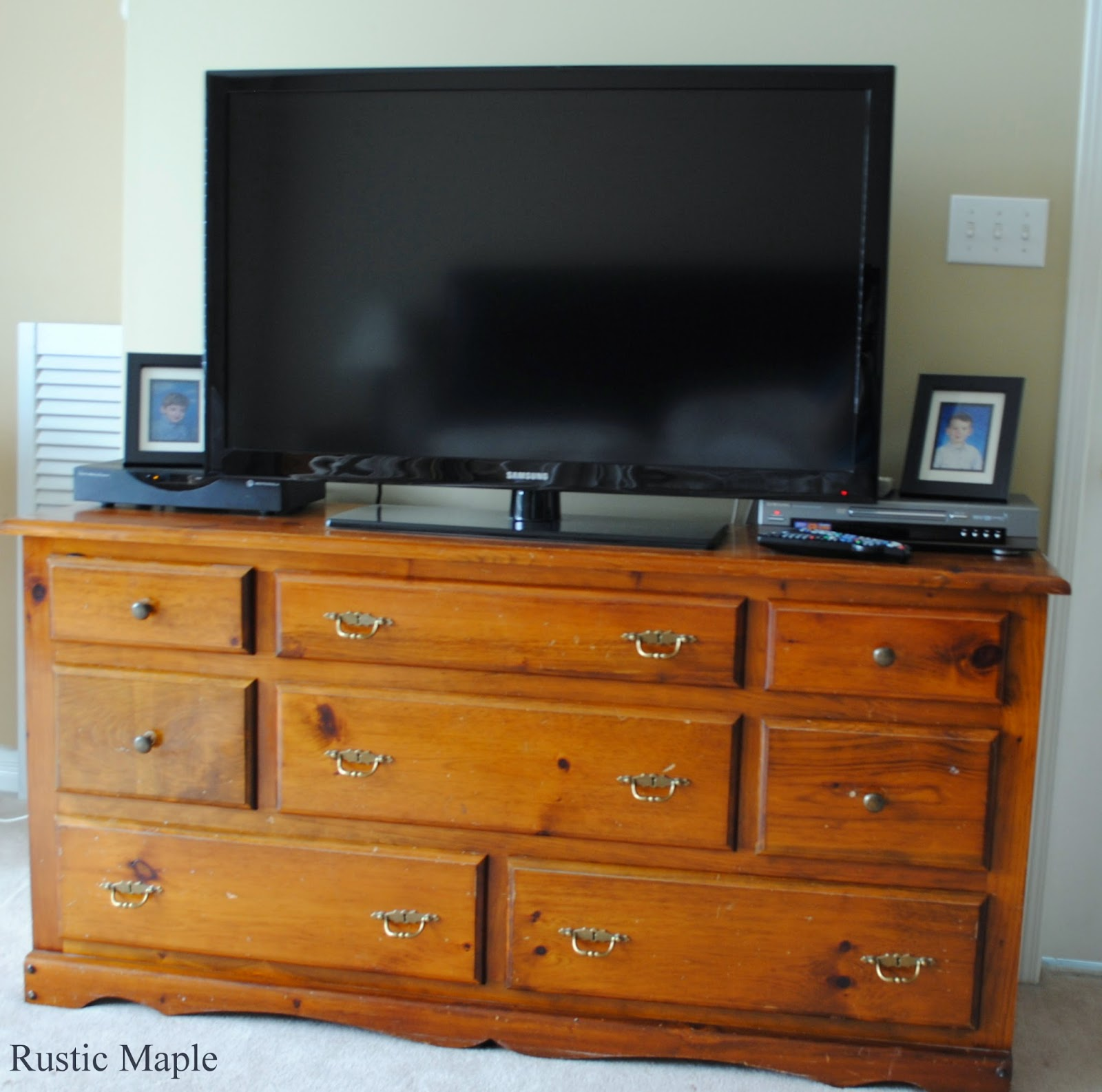 Rustic Maple: Lamp Black Dresser For Our Master Bedroom
