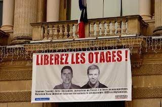 La libération de Stéphane Taponier et Hervé Ghesquiere