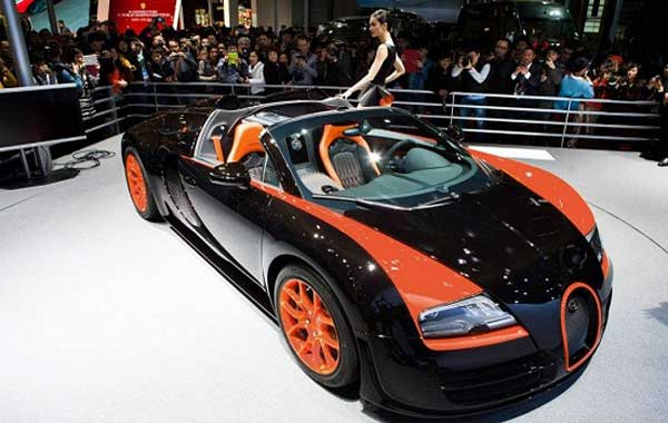 2013 bugatti veyron grand sport vitesse wrc hotcarupdate. Black Bedroom Furniture Sets. Home Design Ideas