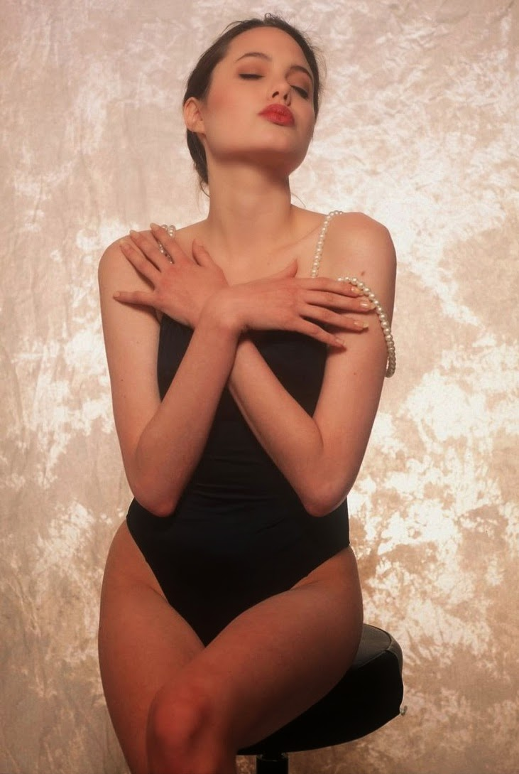 Photos of Angelina Jolie at 16, and an aspiring model