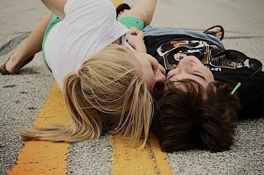 Jugamos? El juego se llama seducir, el primero que se enamore pierde!