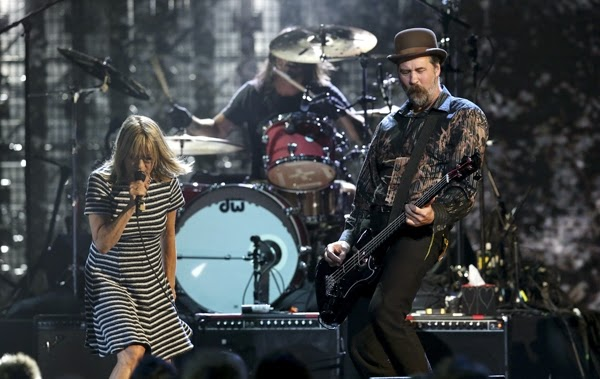 Nirvana Krist Novoselic Dave Grohl Kim Gordon Hall of Fame 2014 performance