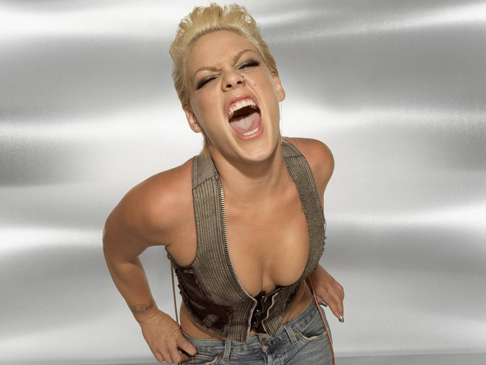 Hot Alecia Beth Moore naked (99 photo), Ass, Is a cute, Feet, bra 2018