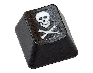 pirateria-keybord+pc.jpg