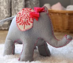 http://createstudio.blogspot.com.es/2013/01/how-to-make-elephant-doorstop-thats-too.html