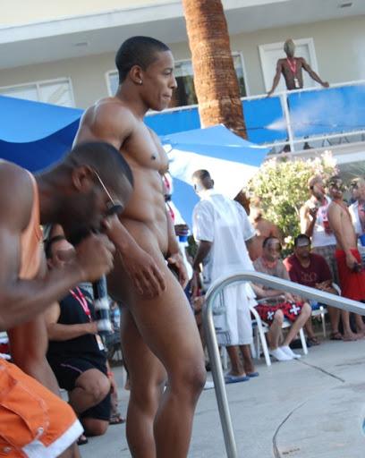 Hot Male Model Tyson Kobie Naked!!! | #BubbleButtz