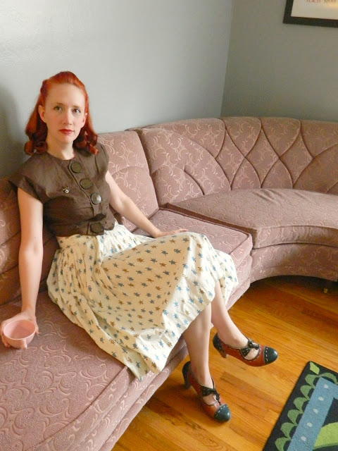 1940s 1950s cropped top novelty print circle skirt mid-century Kroehler sectional Just Peachy, Darling