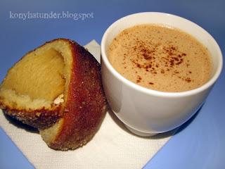 pastry-hot-chocolate-breakfast