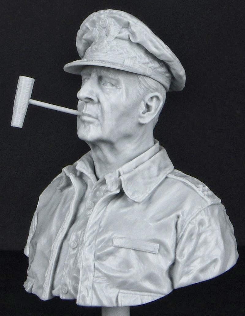 Life Miniatures 1/9th bust – Gen. Douglas MacArthu