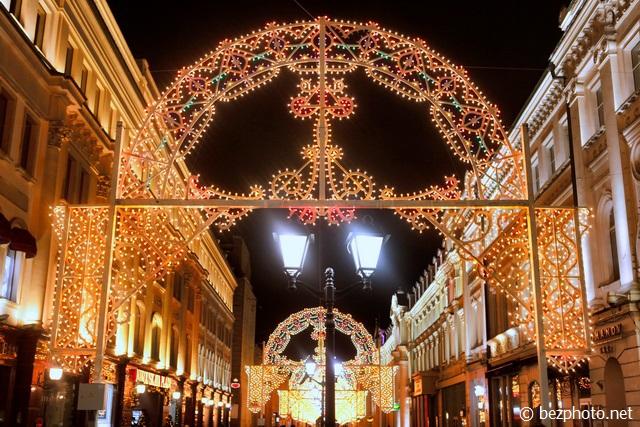 никольская улица новогодняя