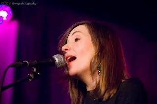 A cantora e compositora Paula Maya se apresenta  nos dias 30 e 31 de Maio, no Otto Music Hall.