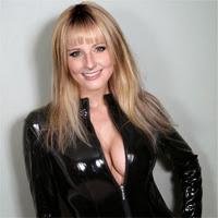 Las fotos mas sexys de Melissa Rauch (Bernadette en TBBT) en Maxim