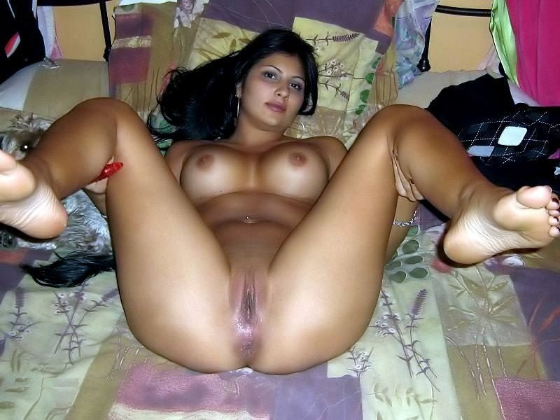 desi hazzard hot nuda