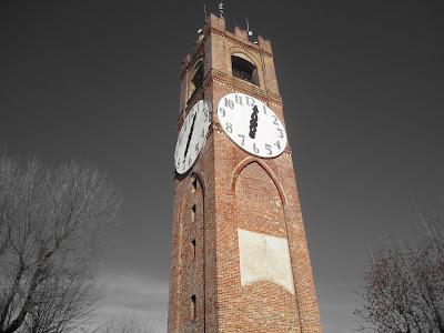 Sundial 5 on Torre dei Bressano (Torre Civica), Mondovì