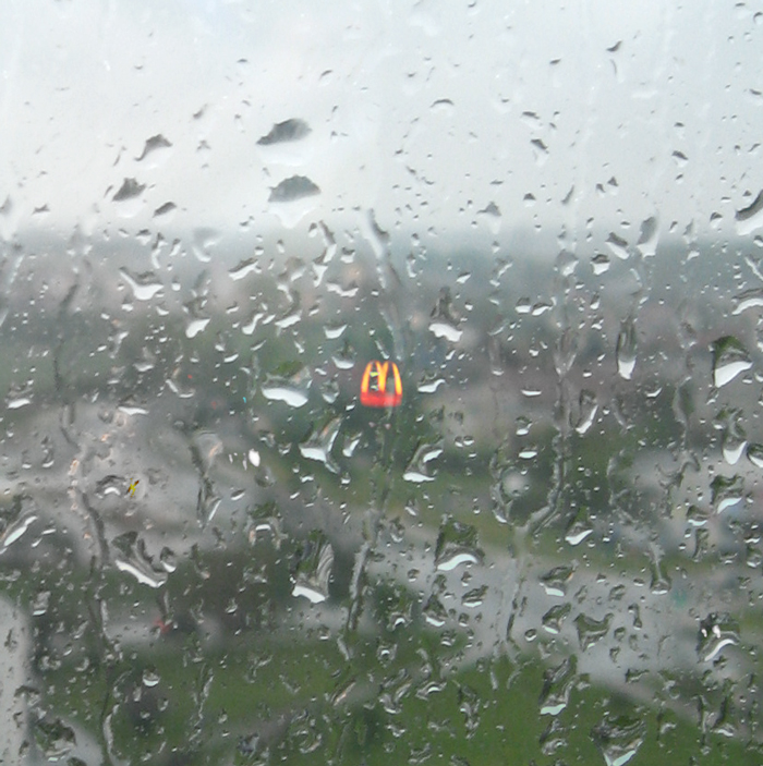 zima 2014 photo winter spring out of my window macdonald in rain