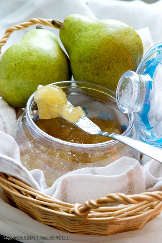 Playing with Food: Bartlett Pear Preserve
