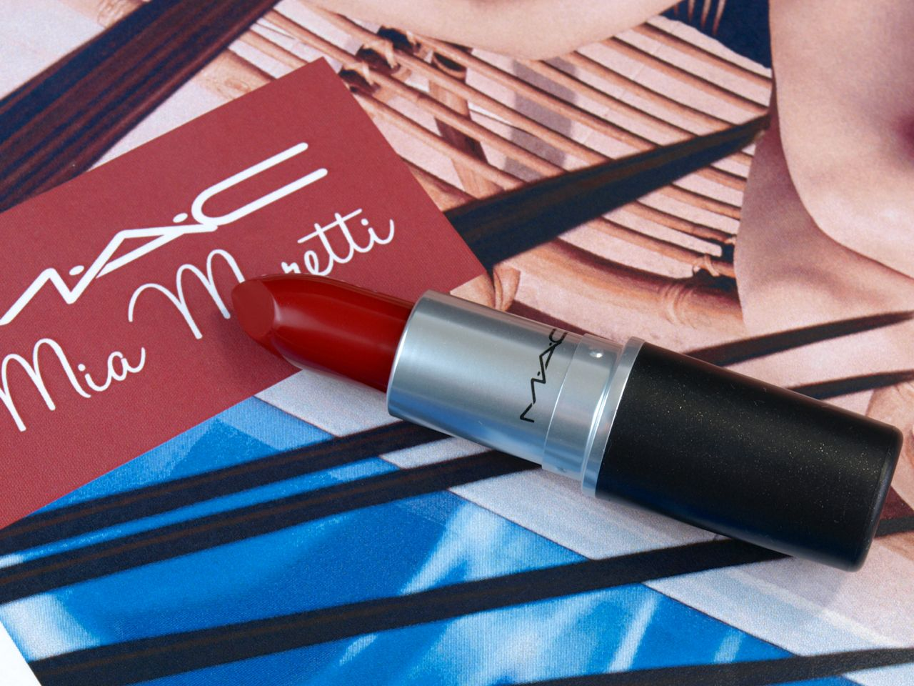 "MAC Mia Moretti Collection Amplified Lipstick in ""Maria Moretti"": Review and Swatches"