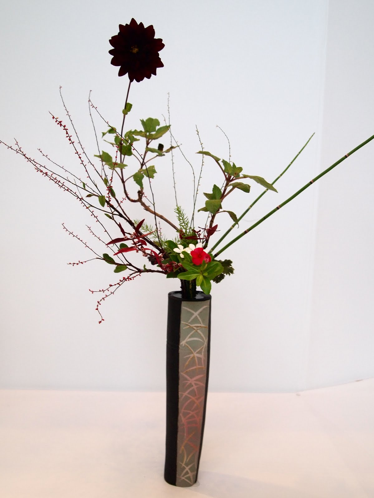 vintasia  japan flower arrangement