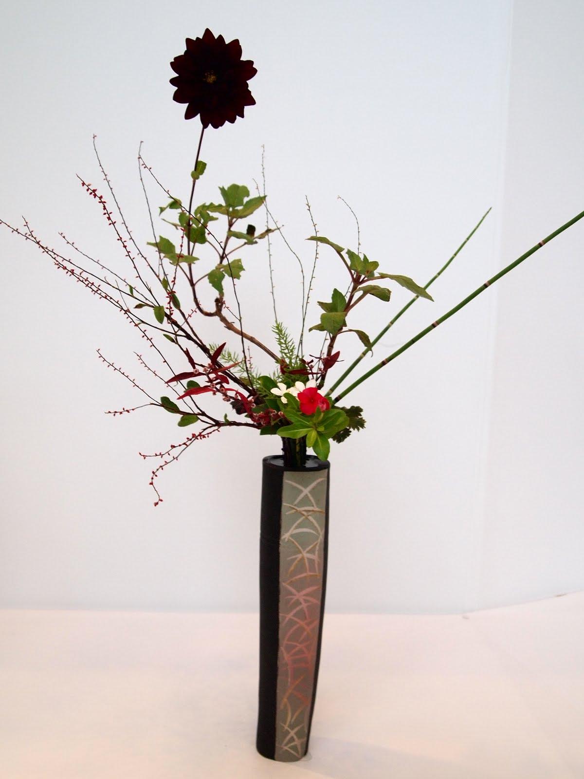 vintasia  japan flower arrangement