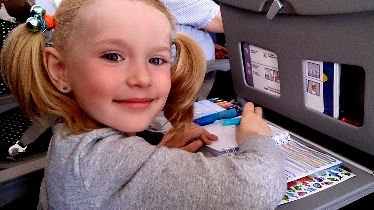 flying with her, girl's world