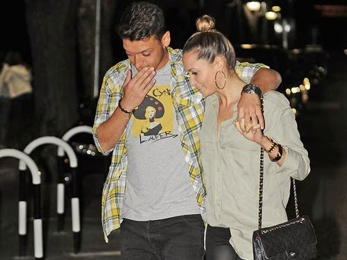all sports players mesut ozil girlfriend mandy capristo 2014