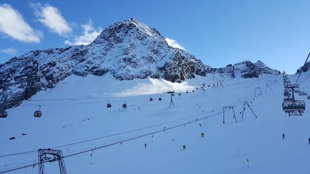 Инструктор по горным лыжам для детей