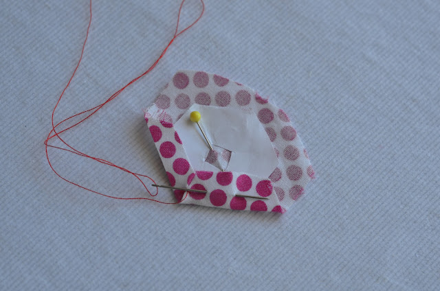 easy fabric hexagon tutorial with lots of pictures