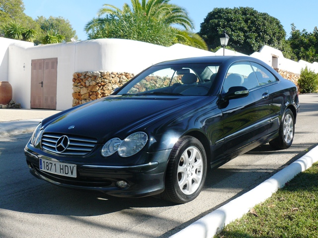 lhd autos mercedes clk 270 cdi elegance diesel automatic. Black Bedroom Furniture Sets. Home Design Ideas