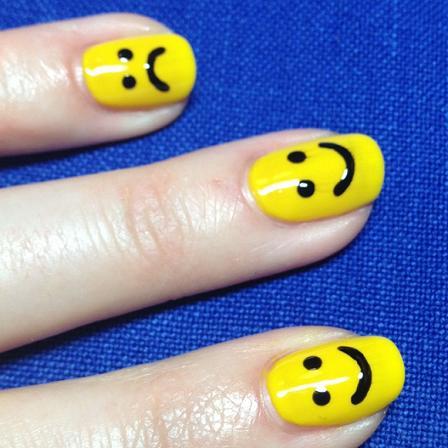 Smiley Nail Art Trend Krazy Fashion Rocks
