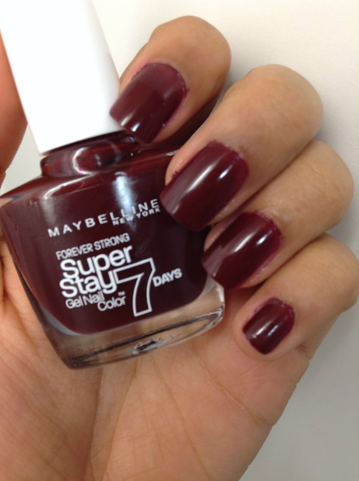 Maybelline Midnight Red - Class & Glitter