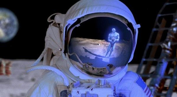Δεύτερη Διαρροή  απο την NASA! επιστήμονας λέει ότι :Κάποιος άλλος είναι στην σελήνη!