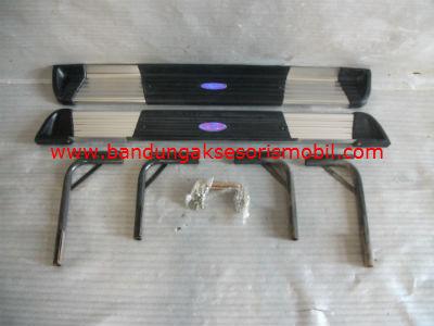 Footstep Samping  Limited Edition Karet Asli TAFT FEROZA