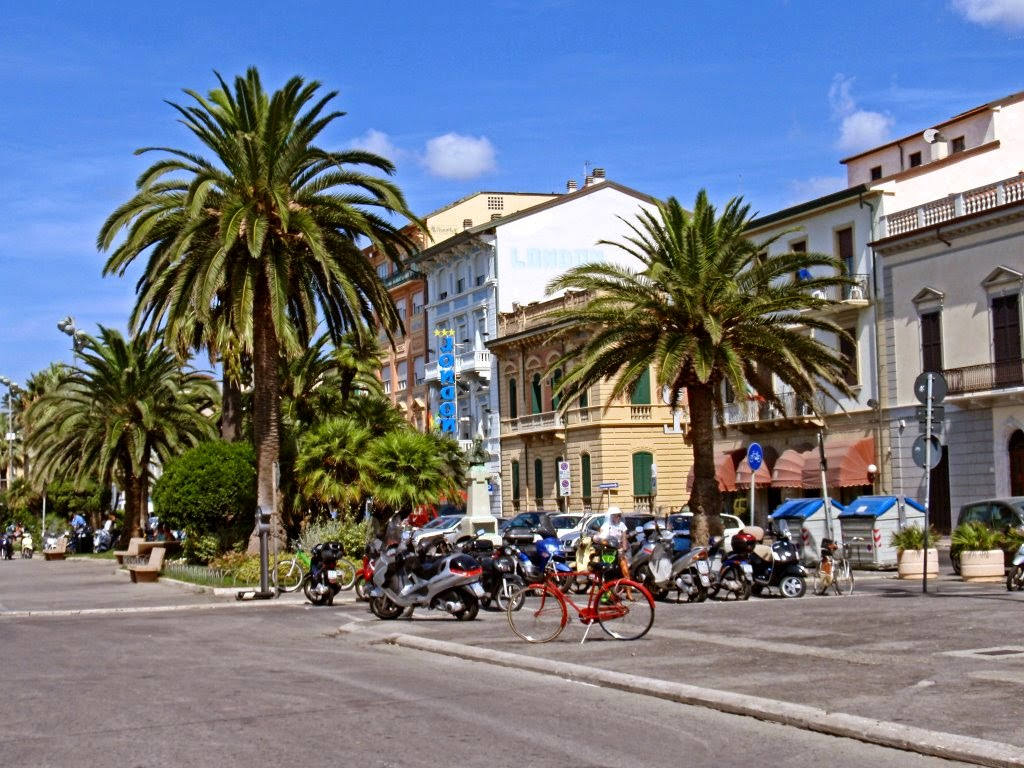 Typical street in Viareggio, Tuscany
