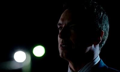 Arrow-S02E07-State-vs-Queen-Malcolm-Merlyn-Alive