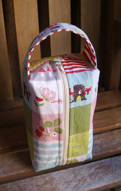 Fox Hollow Box Bag at Fabric Mutt