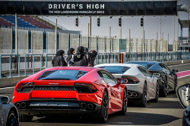 Lamborghini Huracan LP-580-2 x Ferrari 488 GTB