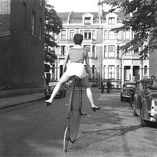 Son Feci Bisiklet - Bu Kız dinle şarkı sözü