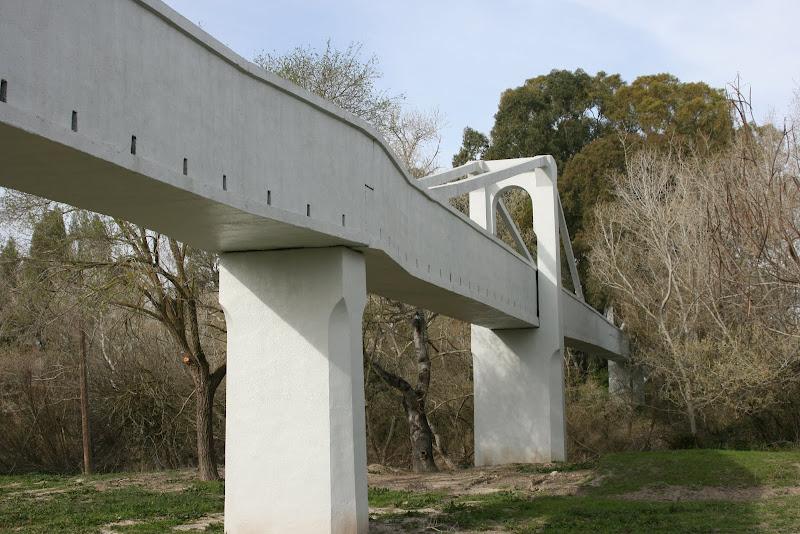 Puente atirantado del acueducto de Tempul