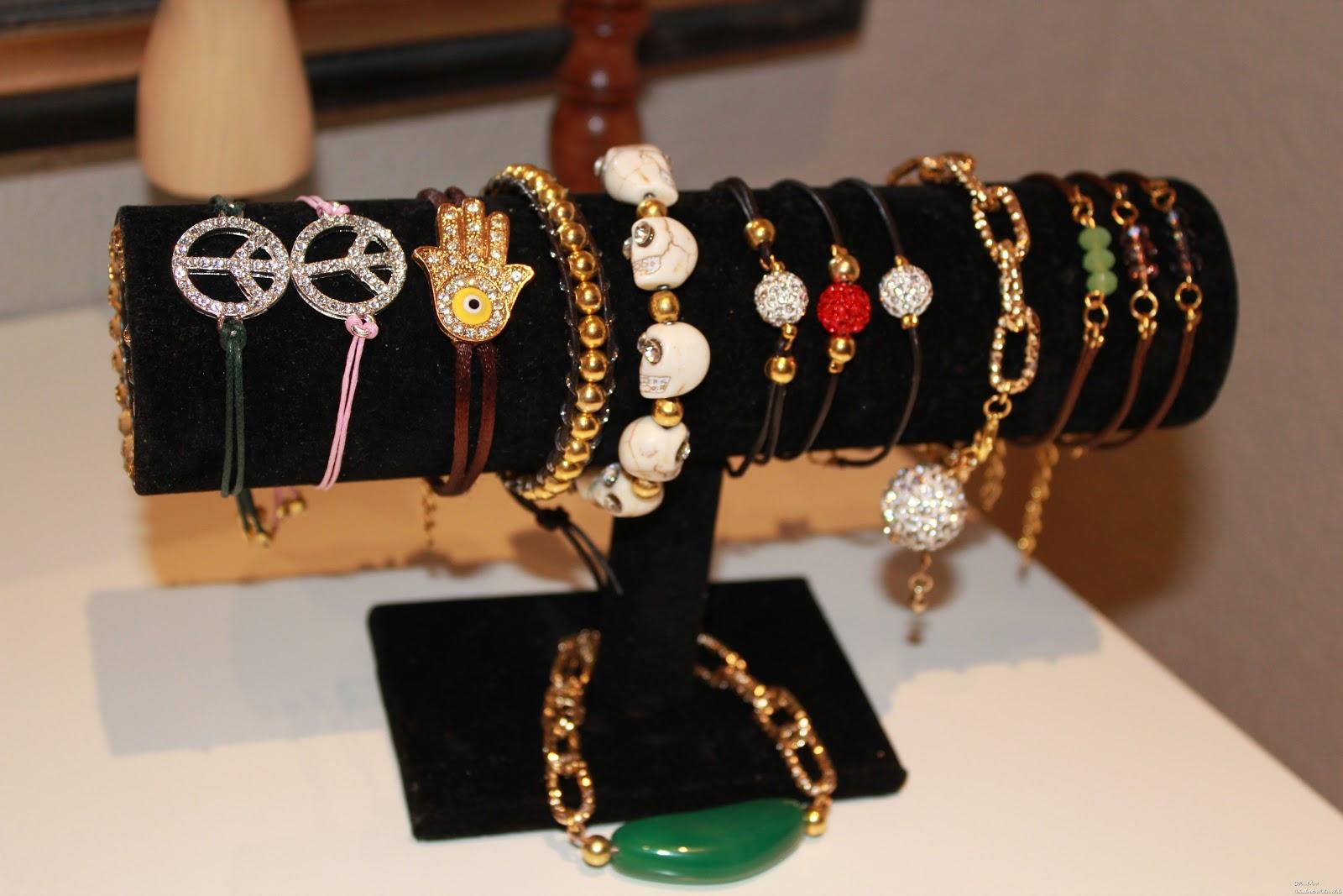 Organizador de pulseras personalizado consultasenlola@hotmail.com
