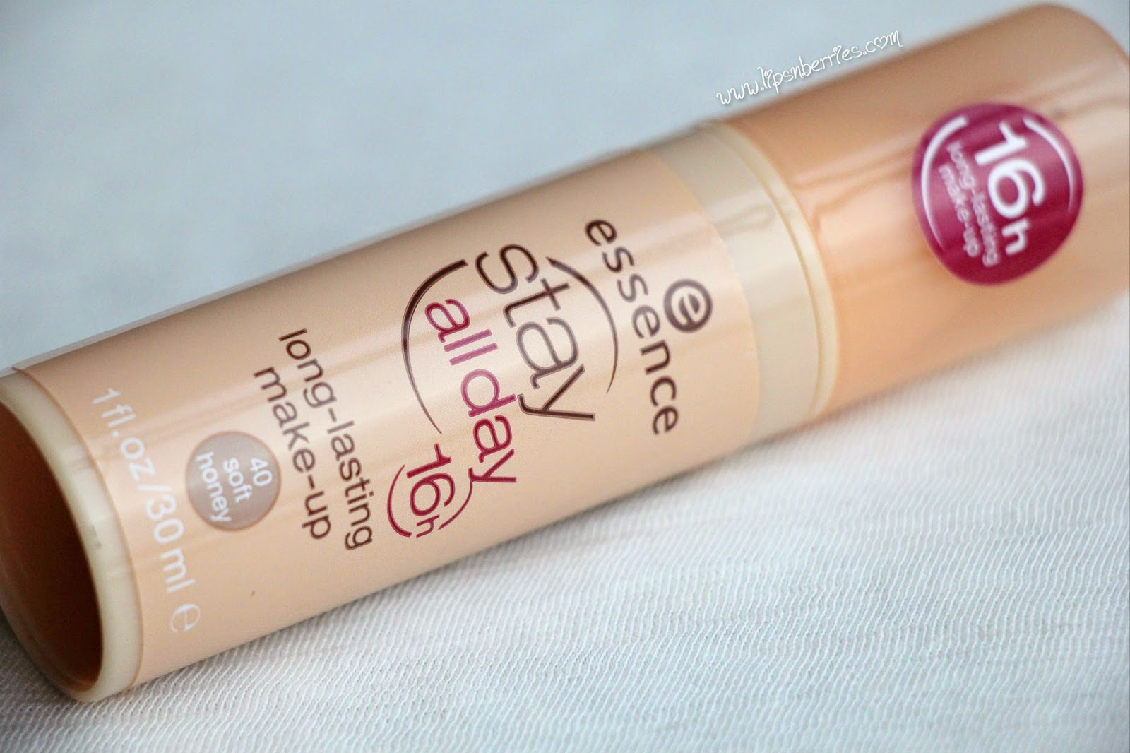 Essence stay all day long lasting foundation review