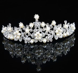 Gorgeous Alloy With Clear Cystal And Imitation Pearls Wedding Bridal Tiara