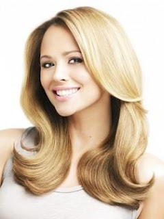 اكثر 5 امور تعيق نمو شعرك  - شعر اشقر جميل ناعم شقراء فتاة بنت امرأة - كيمبرلى والش - Kimberley Walsh - girls aloud