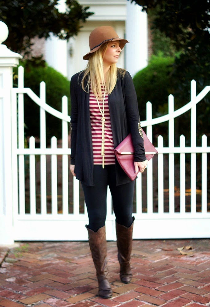 stripe tunic, leggings, cardigan, brown riding boots, tassel necklace, floppy hat
