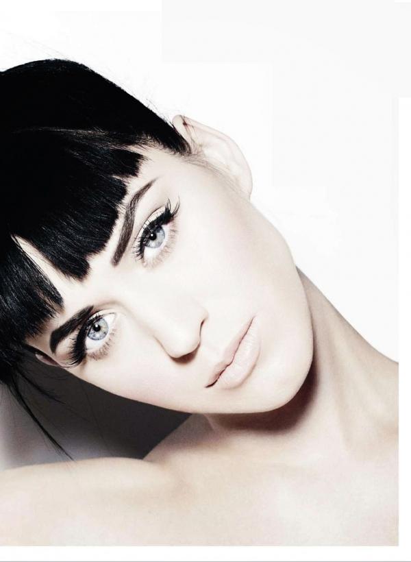 10 Most Beautiful Blue-Eyed Celebrities!
