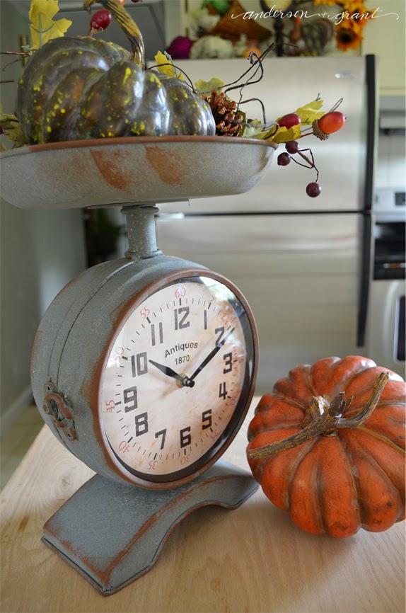 Fall Vignette in a kitchen scale | www.andersonandgrant.com