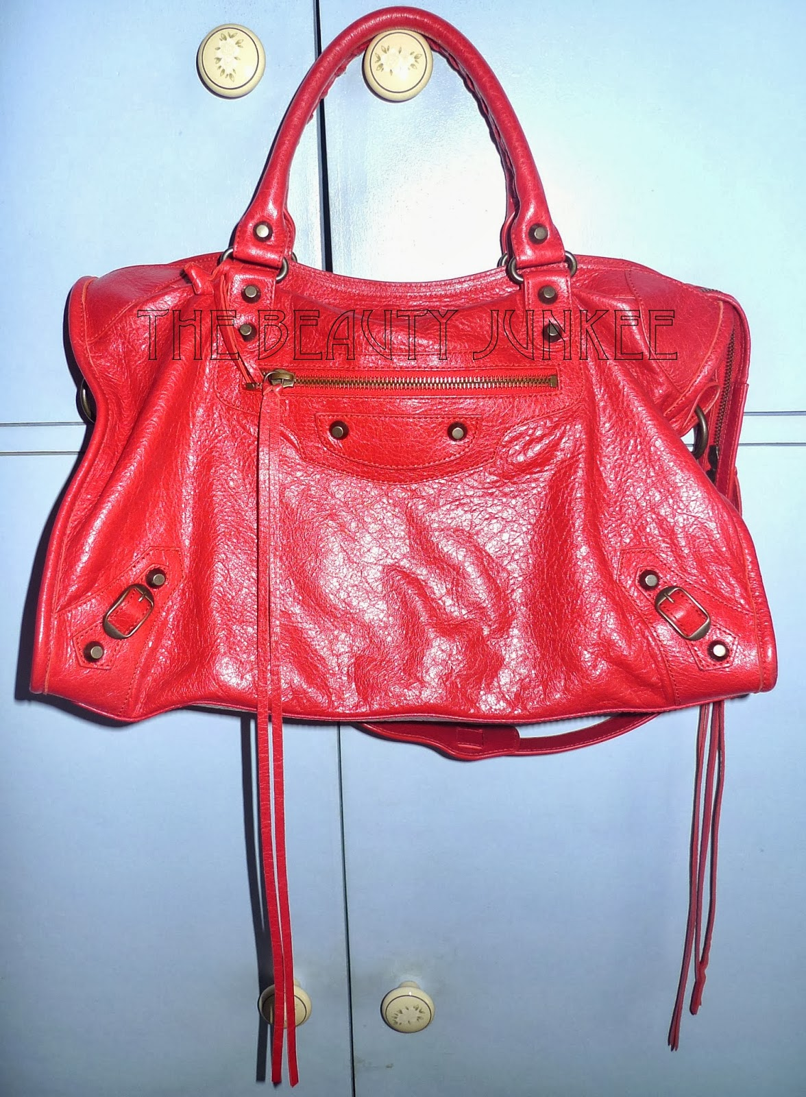 Balenciaga Classic City Bag Review + Spot a Fake Balenciaga Classic City!    The Beauty Junkee dd8d946967