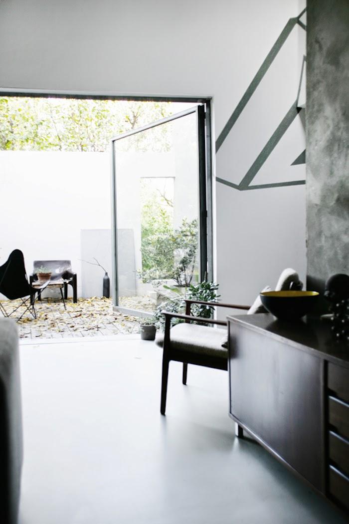 my scandinavian home a stunning italian loft. Black Bedroom Furniture Sets. Home Design Ideas