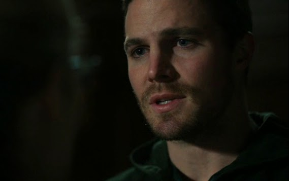 Stephen Amell Oliver Queen wrong girl love Felicity scene Arrow finale